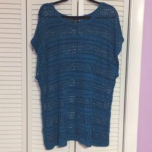 Women's knit top